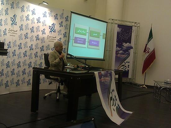 گزارش از رونمایی سایت «متن زندگی» با حضور حسن عباسی