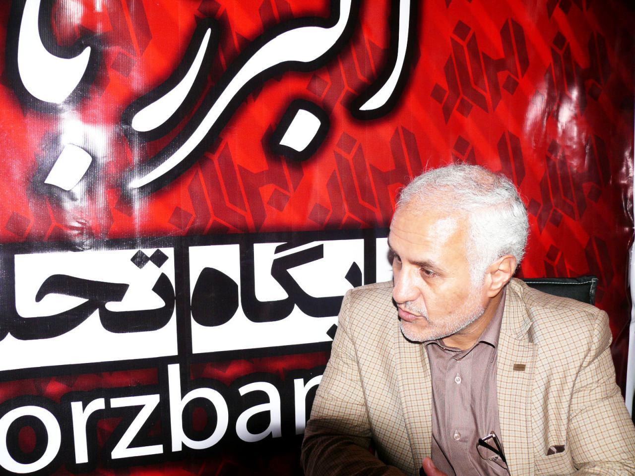 photo alborzban حضور استاد حسن عباسی در غرفه البرزبان در سومین نمایشگاه رسانههای دیجیتال انقلاب اسلامی