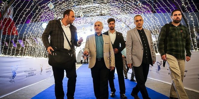 گزارش تصویری؛ سخنرانی استاد حسن عباسی در چهاردهمین جشنواره بینالمللی فیلم مقاومت؛ تحلیل سریال هوملند (میهن)