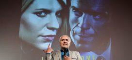 دانلود بخشی از تحلیل سریال هوملند(میهن) توسط استاد حسن عباسی در پردیس سینمایی ملت