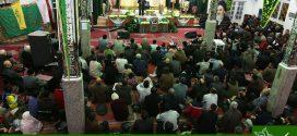 گزارش تصویری؛ سخنرانی استاد حسن عباسی در دومین یادواره شهدای مدافع حرم خانطومان