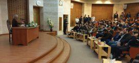 گزارش تصویری؛ سخنرانی استاد حسن عباسی با موضوع پورنوکراسی و توهم بال های ایکاروس