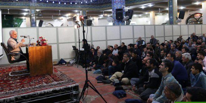 گزارش تصویری؛ سخنرانی استاد حسن عباسی با موضوع امت فتنهشکن و فتنههای عصری