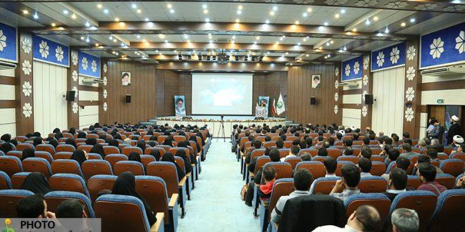 گزارش تصویری؛ سخنرانی استاد حسن عباسی در دومین نشست از سلسله جلسات نخبگانی چهلچراغ