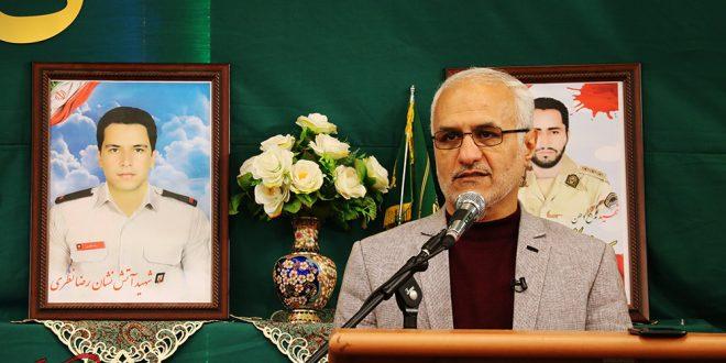 گزارش تصویری؛ سخنرانی استاد حسن عباسی در یادواره شهیدرحیم آنجفی